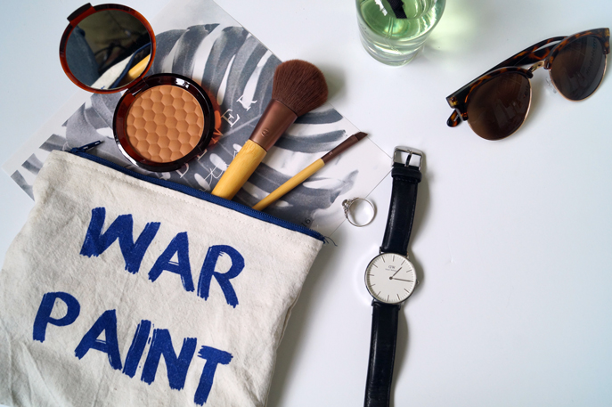 War-paitn-make-up-bag-blauw